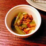 758199 - 定食の小鉢:柚子風味のなめこと山菜の酢の物
