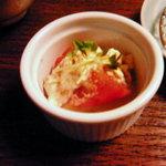 758200 - 定食の小鉢:トマトと豆腐のゴマドレッシング和え