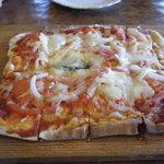 ディアートハウス - 料理写真:ピザ(ナポリ)