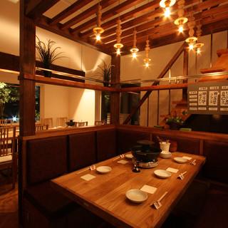 【宴会×個室】一階と二階で別空間が広がっています!