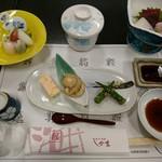 寿司和食しかま - 乾杯前のテーブル(4500円コース)