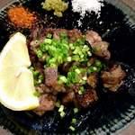 琉球料理 安 - 地鶏の塩焼き