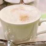 タカノフルーツパーラー - カフェオレ@カプチーノみたいにフォームミルク泡泡