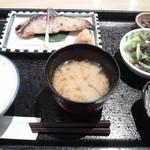 魚久 イートイン あじみせ - 本さわら酒粕白味噌漬定食
