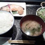 魚久 イートイン あじみせ - さけ京粕漬定食