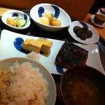 一汁三菜 - サバ味噌焼き定食