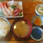 てんぺい - 料理写真:上刺身盛合せ定食
