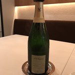 レストラン・アルバス - シャンパン、名前は忘れた。