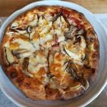 キッチン おねおね - しいたけのピザ(L)¥1,500