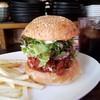 CAFE&BAR AMERICANO - 料理写真:「チリバーガー (1090円)」