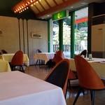 レストラン楓 - レストラン楓さんの店内