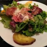 ヴィアデッラキエーザ - ランチ サラダ