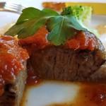 レストラン楓 - 国産牛トマトソース、デミグラスソースがたっぷり