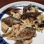 75834980 - 秋刀魚とキノコのマリネ。カボス風味。旬ですね。