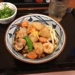 丸亀製麺 - ごろごろ野菜の揚げだしうどん並ぶっかけ620円