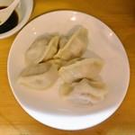 羊香味坊 - 羊香水餃(ラム肉とパクチーの水餃子)