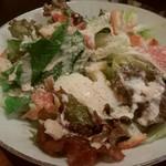 ピッコロマーゴ - パルミジャーノチーズの温玉シーザーサラダ