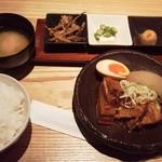 75848241 - 米愛豚の角煮定食900円(税込)