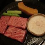 華水亭 - 料理写真:鳥取和牛のステーキ