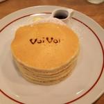 75850545 - クラシックバターミルクパンケーキ