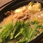 串勝 六角屋 - 料理写真:魚沼健康豚の味噌白湯小鍋