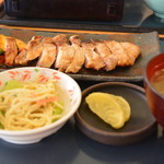 レストラン あっぷるひる - 豚の味噌焼き定食2