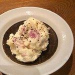 目黒川魚金 - ポテトサラダ