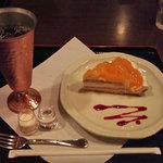 7587340 - 期間限定、清見オレンジのタルト+アイスコーヒーです