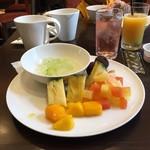 75870638 - 朝食ブッフェでとって来た料理