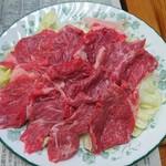 ひさご食堂 - ジンギスカンはラム肉を使用。厚みもあります。