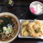 75872512 - 海鮮蕎麦。