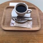 ハッピー サイエンス ギンザブック カフェ -