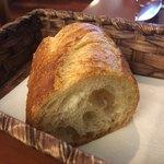 75874920 - 小さなパン、コレで2人分