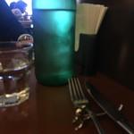 ピアノピアーノ - 水はオサレにグリーンのボトルで