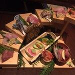 個室で肉寿司を喰らう 今昔物語 -