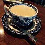 Cafe倫敦館 - ロイヤルミルクティー 550円