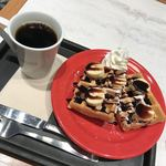 カフェ・ベローチェ - チョコバナナワッフル&ブレンドコーヒーS