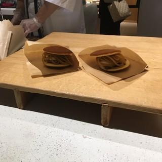 ラ・コリーナ - 料理写真:生どら焼き