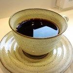 パルファン - ケーキセットのブレンドコーヒー 200円!
