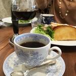 ザ ボトル オーブン - コーヒーとサンドウィッチ