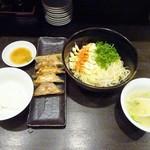 餃子バル - ランチ:マヨら~麺セット