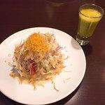 75884340 - サラダとスムージー(水菜とりんご)