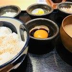 75891852 - 倶知安石川琢也養鶏場の奇跡の卵かけご飯定食                       税抜600円