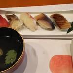 宵月・鮨ダイニング - にぎり寿司とお吸い物