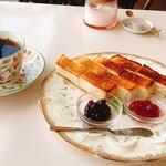 カフェ・ド・コトブキ - 料理写真:☆トーストセット☆