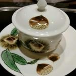 横浜うかい亭 - 栗のスープの器もカワイイ。