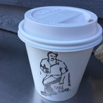 リトルナップコーヒースタンド - ラテのカップ