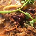 中華蕎麦 とみ田 - 牛煮込みにベリーソース(松戸モリヒロフェスタ)