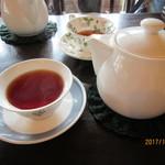 紅茶の店 ARIEL - セットの紅茶