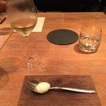 75908115 - ひとくちの自家製モッツアレラチーズ